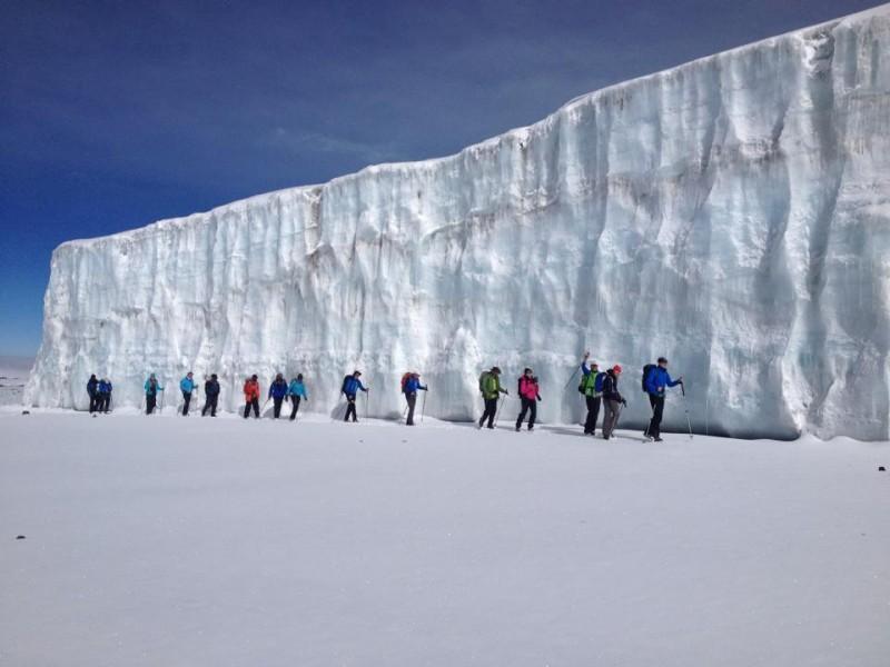 10.02.2016 - Die Gruppe von Extrek-Africa am Furtwängler Gletscher